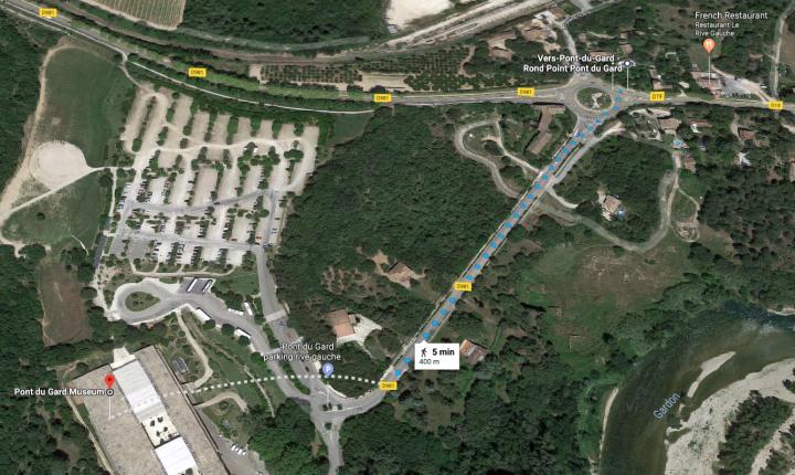 Bus stop to Pont du Gard entrance