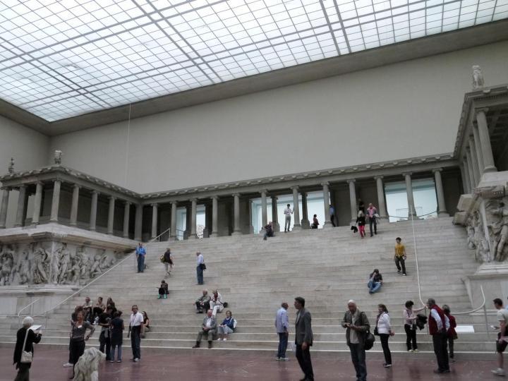 Pergamon museum altar berlin germany