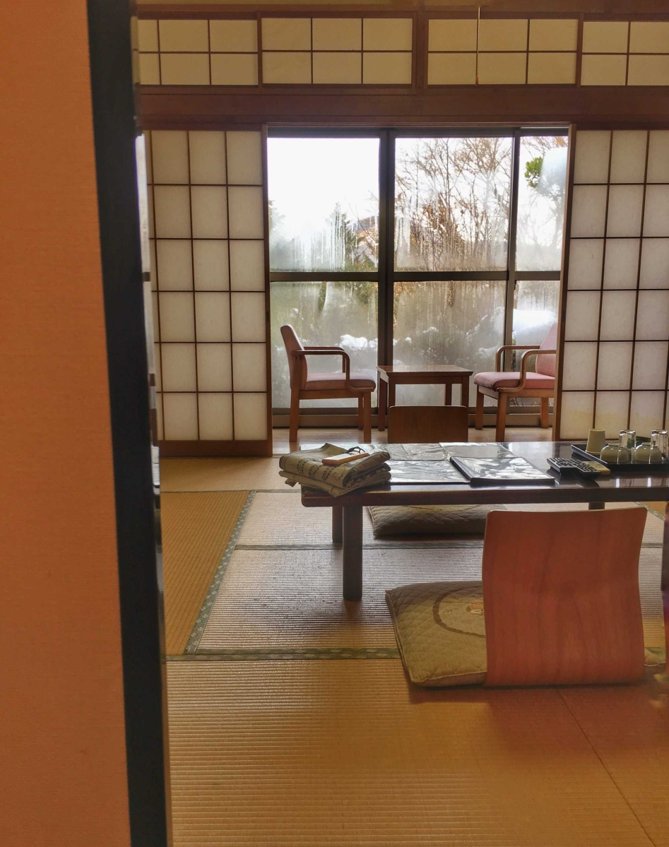 Hakone: Staying in a Ryokan and bathing in Onsen twice a day