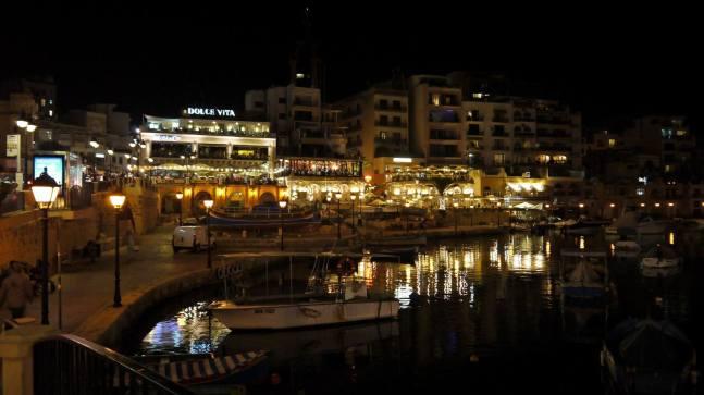 Spinola bay at night