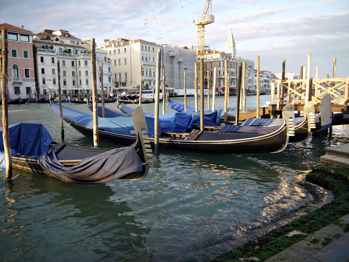 Venice: Getting lost had never been so exciting, so just throw away your maps and explore this city of dreams
