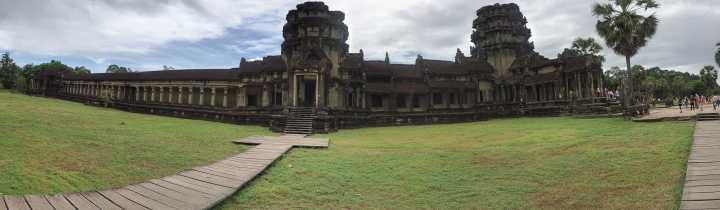 Angkor Wat panorama siem reap cambodia