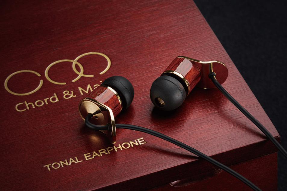 chord & major tonal earphones