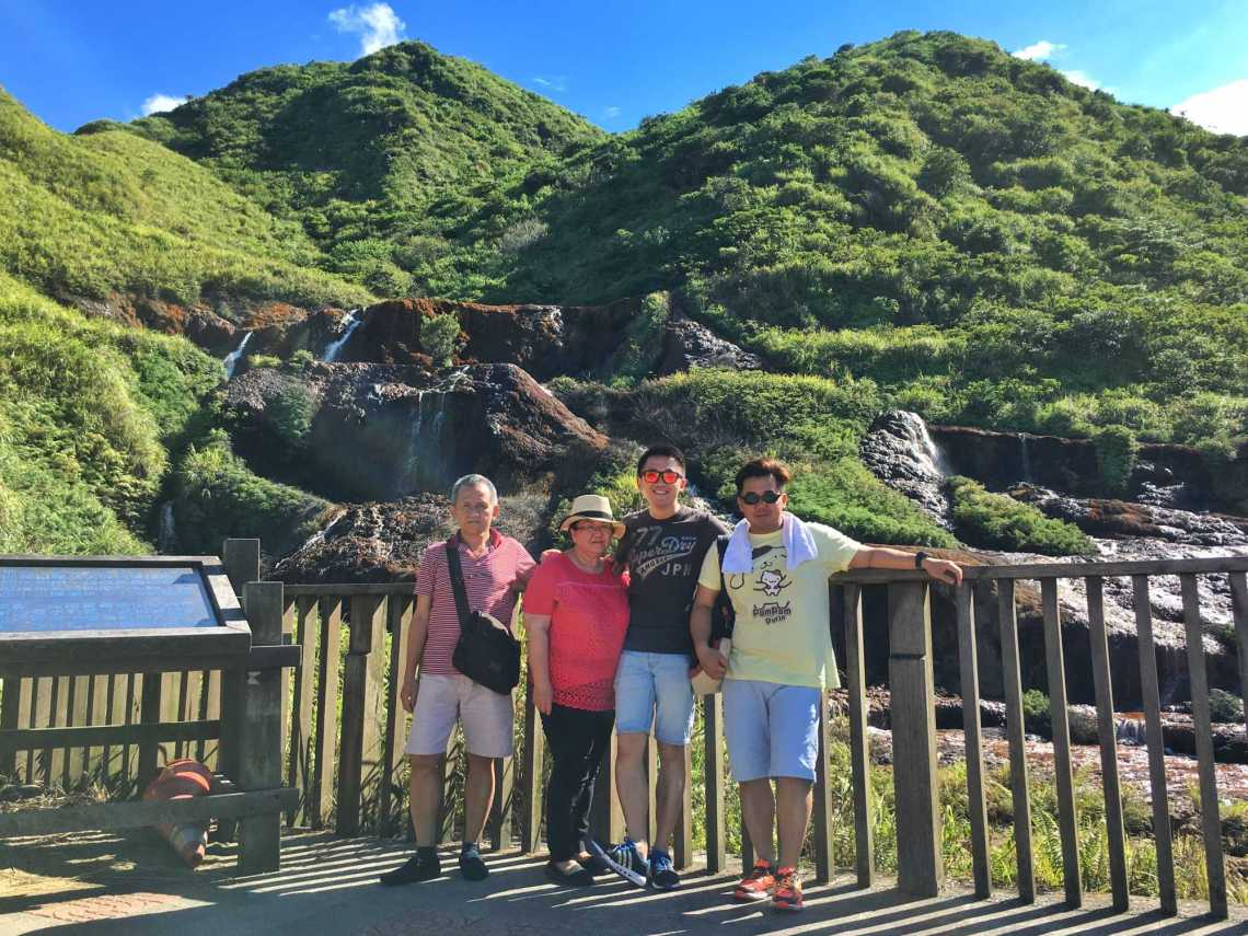 Chartered a taxi and driver in Taipei for this excursion to Jiufen jermpins taiwan