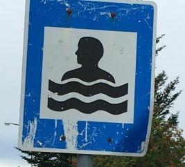 swimmingpooliceland