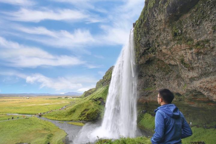jermpins iceland Seljalandsfoss waterfall