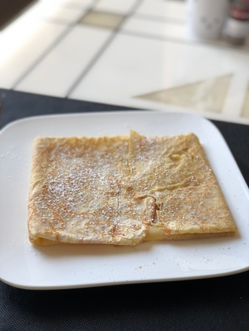 Salted caramel crepe