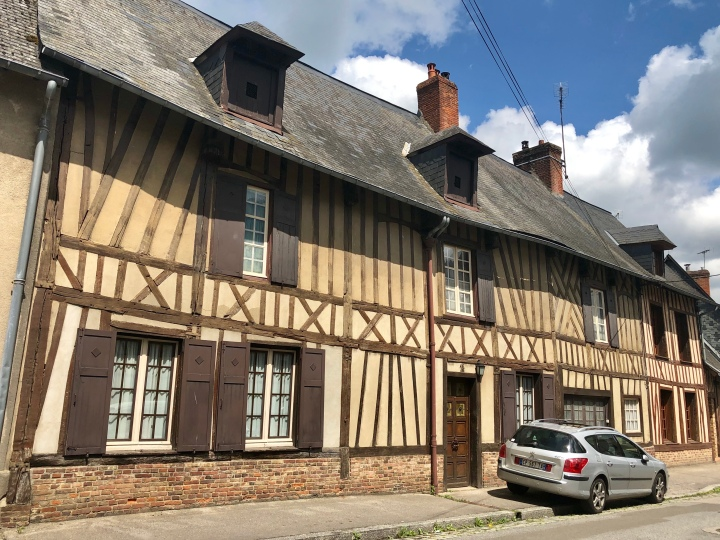 Rue des Tanneurs jermpins aumale france